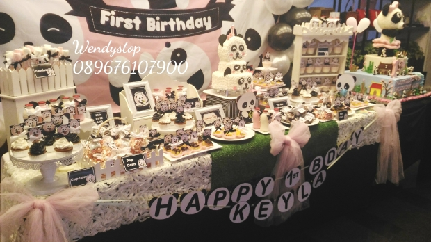 Dessert table sweet corner surabaya kue ultah sidoarjo jual sweetcorner desserttable partydecor party decoration sidoarjo gresik birthday party idea panda