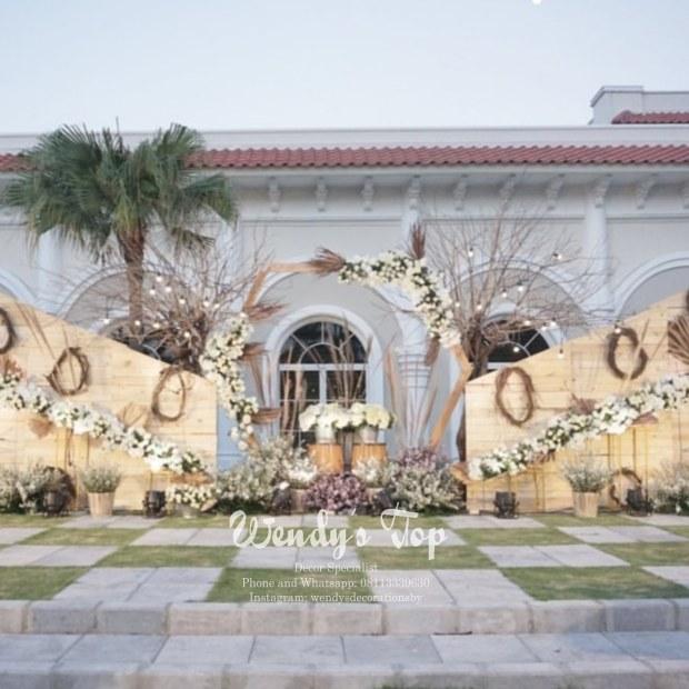 dekorasi wedding engagement tunangan siraman sweet 17th 17 tahun surabaya sidoarjo gresik malang ulang tahun